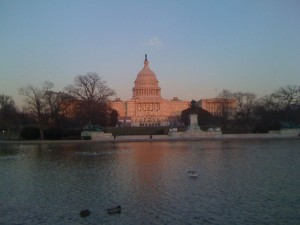 800px-Capitol_Bulding_in_the_setting_sun